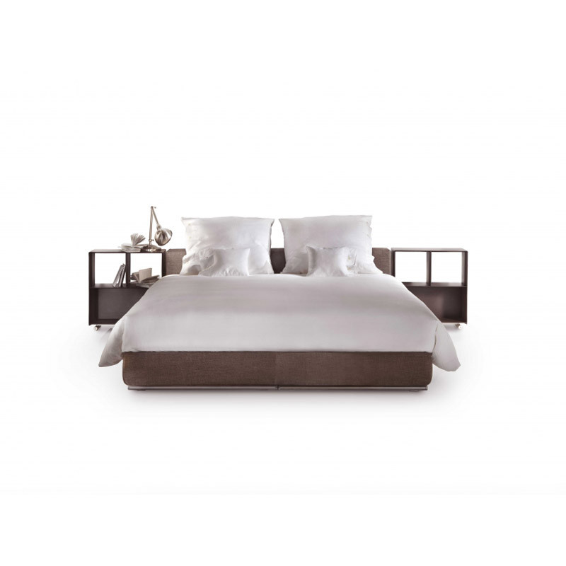 groundpiece-slim-bed-flexform.jpg