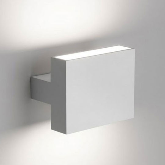flos-tight-light-lamp-5-min.jpg