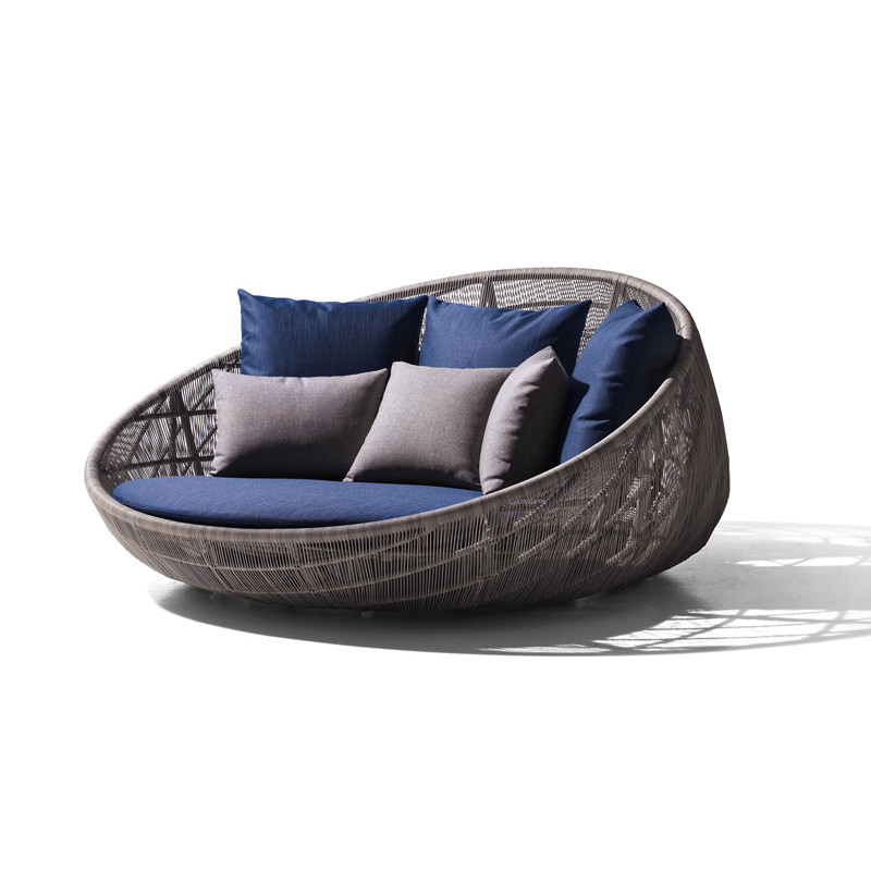 B b italia canasta 39 13 outdoor daybed for B b outdoor